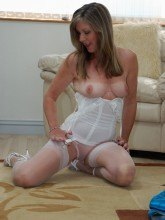 Satin Jayde pictures - Sheer tan hose business lady