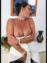 Milf in stockings showing her pussy - Model Eve