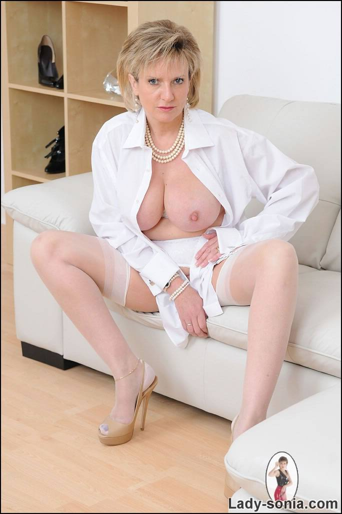 Lady Sonia pictures: Busty mature in white nylons