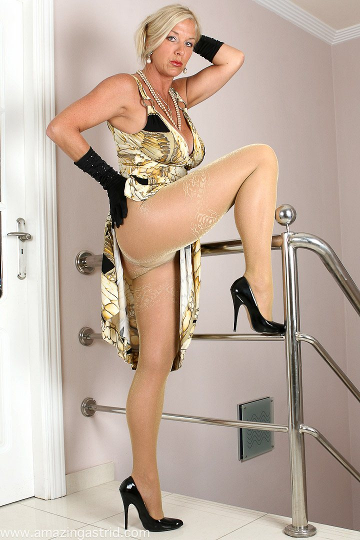 In Shiny Pantyhose Astridin