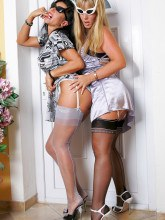 Astrids Angels: Anabelle and Model Eve