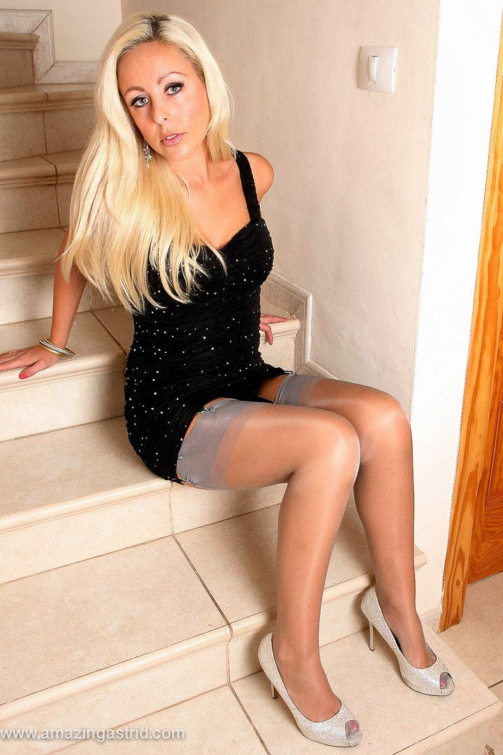 Blonde Astrids Angel pictures