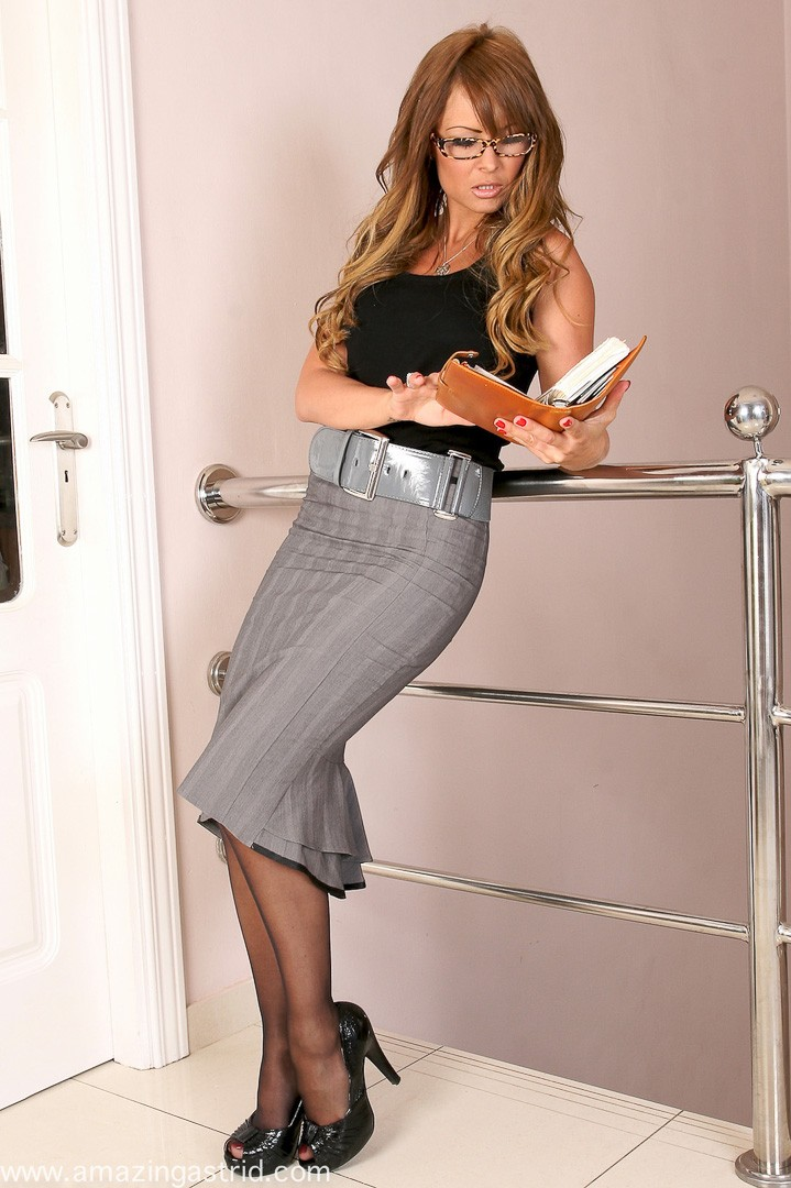 Emma – Sexy Secretary from Astrids Angels