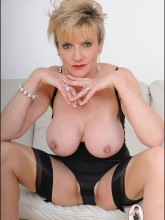 Gill Ellis Young pictures - Busty Mature in lingerie