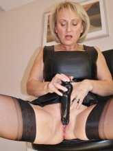 Michelles Nylons pictures