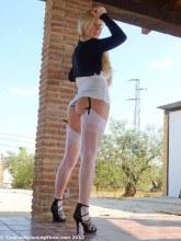 Saskia's Nylon Leg Show pictures