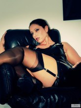 Latex and stockings pictures - Jess Legs