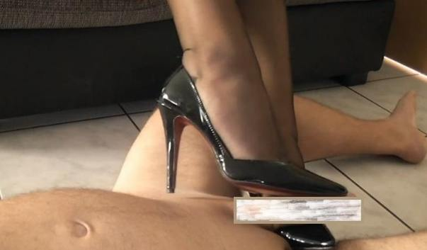 Loboutin shoe job video, feet tease, shoes round the cock