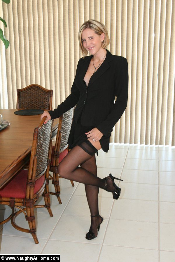 Desirae Spencer – Naughty secretary