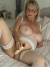 Michelles Nylons videos - Hot mature in stockings