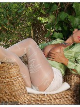 eve-pantyhose-patterned-05