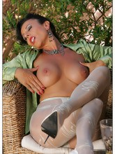 eve-pantyhose-patterned-10