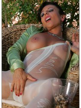 eve-pantyhose-patterned-14